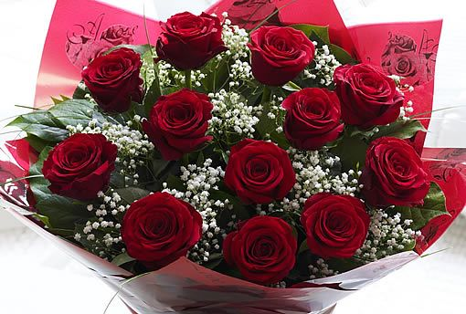 A Dozen Beautiful Red Roses Florists In Essex Blossom Florists